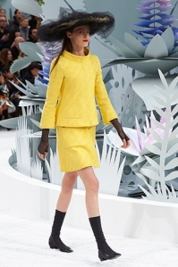 chanel-spring-summer-2015-haute-couture-look-03