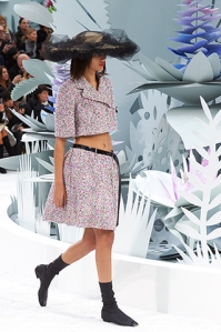 chanel-spring-summer-2015-haute-couture-look-04