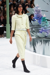 chanel-spring-summer-2015-haute-couture-look-05 (1)
