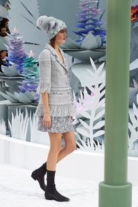 chanel-spring-summer-2015-haute-couture-look-10