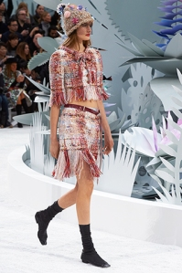 chanel-spring-summer-2015-haute-couture-look-11