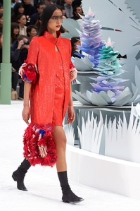 chanel-spring-summer-2015-haute-couture-look-16