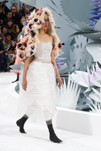 chanel-spring-summer-2015-haute-couture-look-19